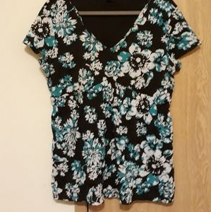 Short-sleeved colorful top